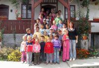 Bővebben: Képek az Esztelneki gyerekekről