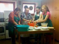 Bővebben: Szárhegyen forgatott a Székely konyha stábja